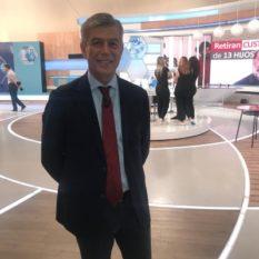 El Dr. López Estebaranz interviene en Saber Vivir para hablar del acné